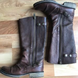 8.5  Steve Madden- Baxter- Leather Tall boot